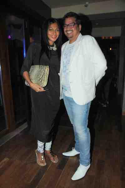 14. Shakir Shaikh with Nina Manual DSC_8284
