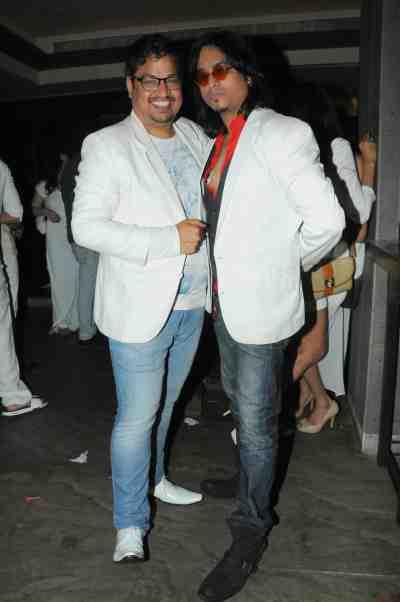 2. Shakir Shaikh with Aziz Zee DSC_9166