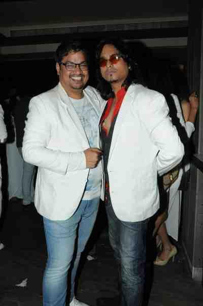 2a. Shakir Shaikh with Aziz Zee DSC_9168