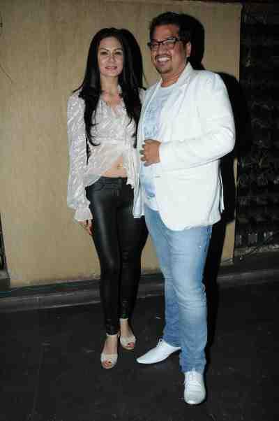 6. Shakir Shaikh with Aanchal Kumar DSC_8798