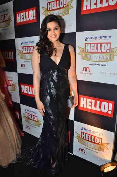 Alia Bhatt at The 'Hello! Hall of Fame Awards 2012'