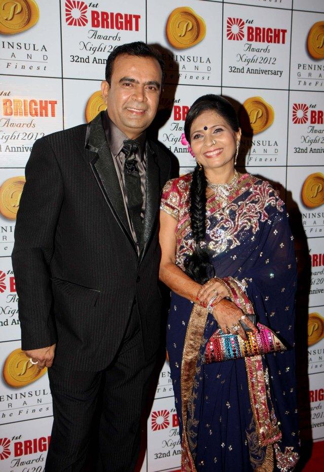 yogesh lakhani with wife