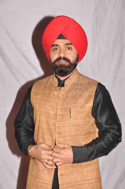 Charan-Singh-Sapra-at-Lohri-Di-Raat