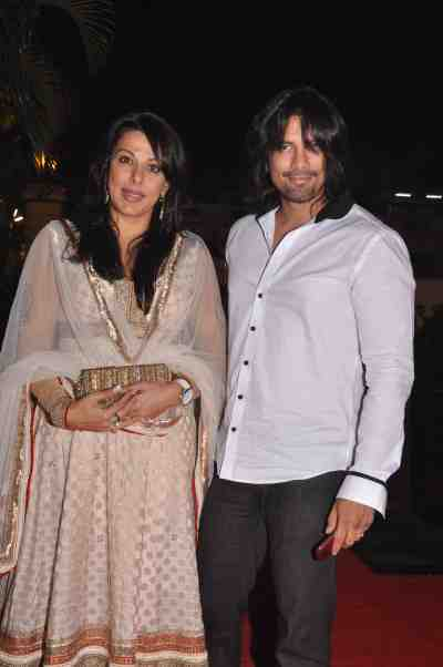 Pooja-Bedi-And-Akashdeep-Sehgal-At-Lohri-Di-Raat