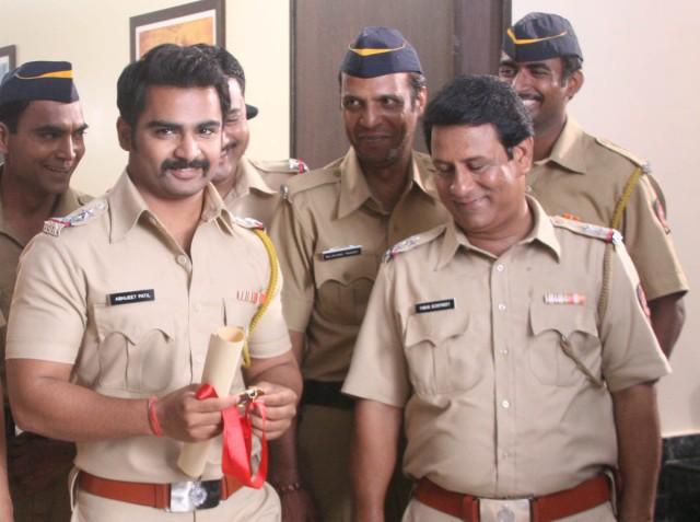 Sachiin Joshi in Mumbai Mirror - Pic 3