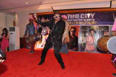 Taz-of-Stereo-Nation-at-The-City-That-Never-Sleeps-Bollywood-Hunt