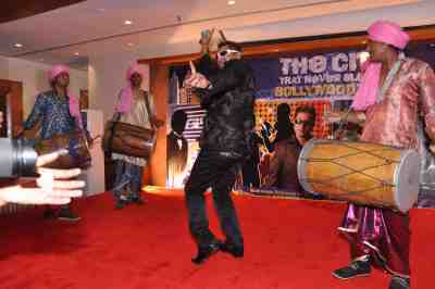Taz-of-Stereo-Nation-at-The-City-That-Never-Sleeps-Bollywood-Hunt1
