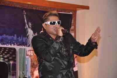 Taz-of-Stereo-Nation-at-The-City-That-Never-Sleeps-Bollywood-Hunt2