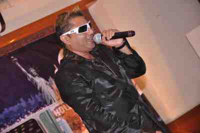 Taz-of-Stereo-Nation-at-The-City-That-Never-Sleeps-Bollywood-Hunt3