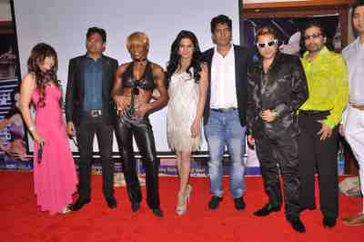 Vandana-Vadera,-Haroon-Rashid,-Satish-Reddy,-Taz-of-Stereo-Nation,-Veena-Malik,-Yvetta-Shaw,-Loungue-Fernandes-at-The-City-That-Never-Sleeps-Event
