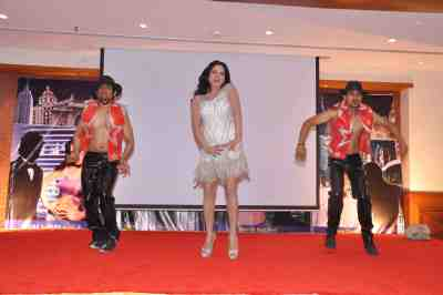 Veena-Malik-The-City-That-Never-Sleeps-Bollywood-Hunt.jpg1
