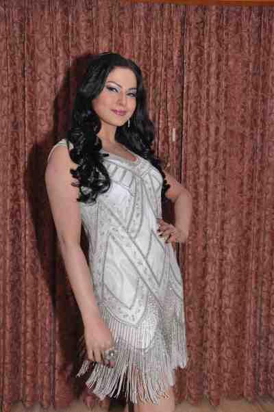 Veena-Malik--The-City-That-Never-Sleeps-Bollywood-Hunt1
