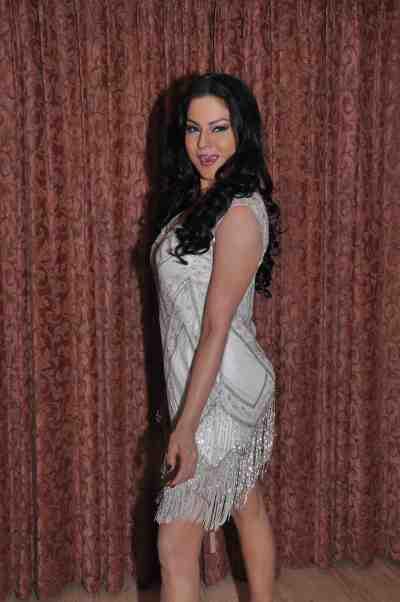 Veena-Malik--The-City-That-Never-Sleeps-Bollywood-Hunt2