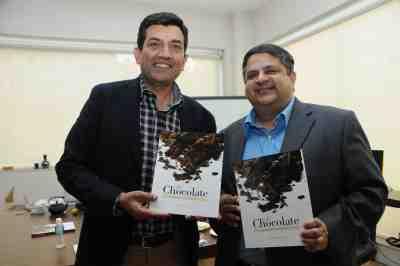 11. Sanjeev Kapoor with Harsha Bhatkal  DSC_4021