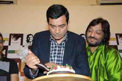 12. Sanjeev Kapoor Cake Making  DSC_4213