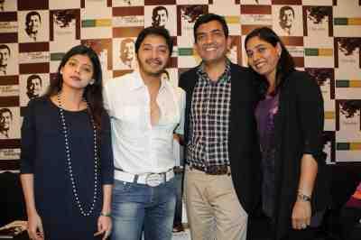 13. Shreyas Talpade and Dipti Talpade with Sanjeev & Alyona Kapoor  DSC_4391