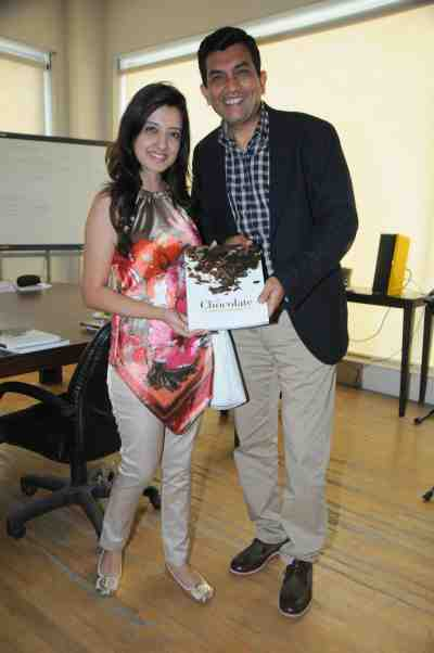 14. Amy Billimoria with Sanjeev Kapoor DSC_3988