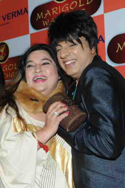 18. Rohhit Verma with Dolly Bindra DSC_1232