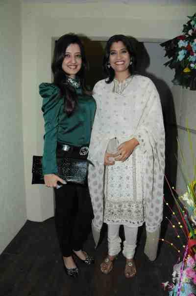 26. Amy Billimoria with Renuka Shahne DSC_1269