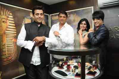 4. Ravi Kissen, Aslam Shaikh, Shilpa Marygold, with Rohhit Verma  DSC_1586