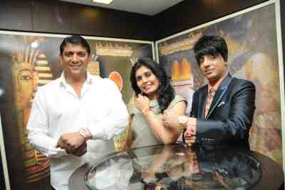 6. Aslam Shaikh, Shilpa Marigold with Rohhit Verma  SC_1565