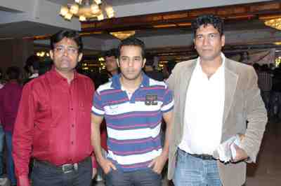 haroon rashid, faizal with satish reddy