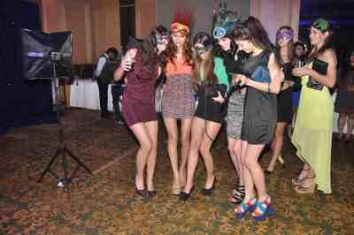 Invited guests partying  at Mahavir Mehta's anniversary bash