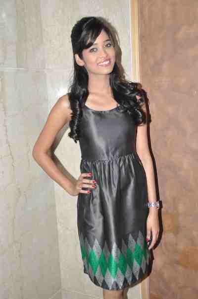 TV actor Neha Saxena (Amita Ka Amit) at Mahavir Mehta's anniversary bash.