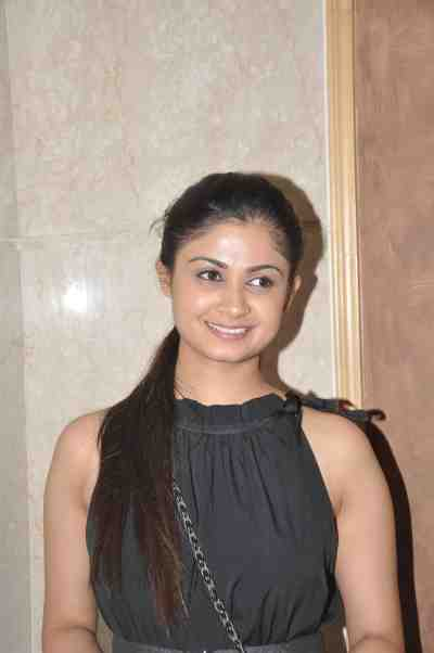 TV actor Ruchi Savarn (Ghar Aaja Pardesi) at Mahavir Mehta's anniversary bash,,