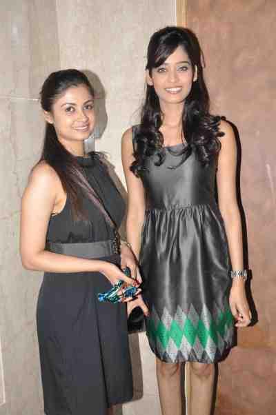 TV actors Ruchi Savarn (Ghar Aaja Pardesi) & Neha Saxena (Amita Ka Amit) at Mahavir Mehta's anniversary bash.