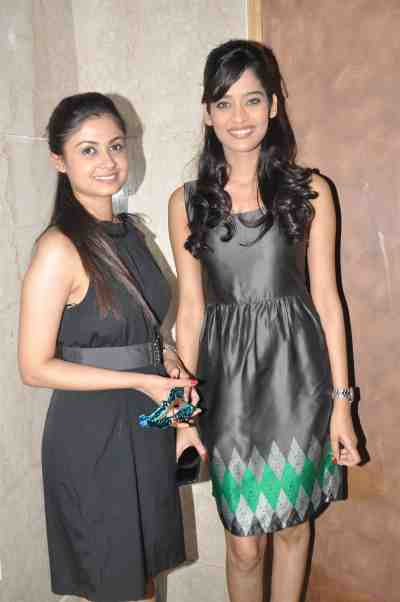 TV actors Ruchi Savarn (Ghar Aaja Pardesi) & Neha Saxena (Amita Ka Amit) at Mahavir Mehta's anniversary bash