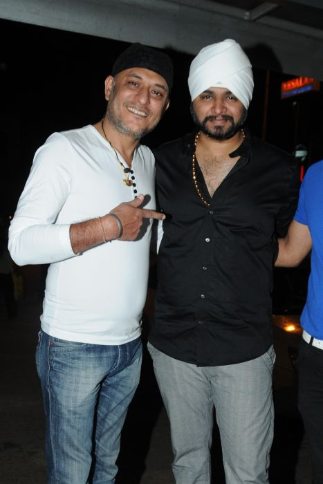 21. Tochi Raina with Ramji Gulati DSC_3025
