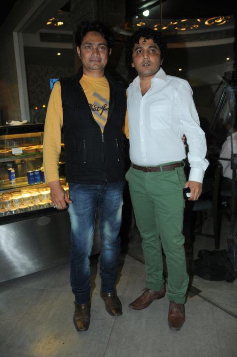 5. Zubair Ahmed with Shakil Bhure DSC_3267
