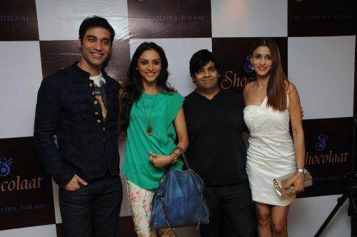 11. Kushal Punjabi with Purvi Joshi and Shilpa Agnihotri DSC_6116