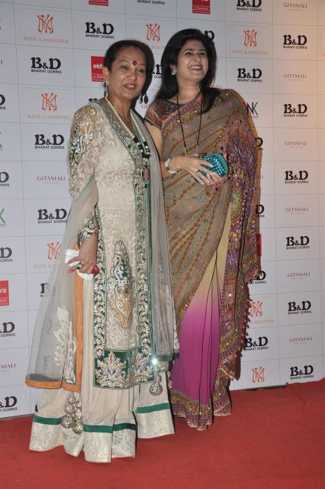 21. Dorris Godambe with Shalini Thackrey DSC_0861