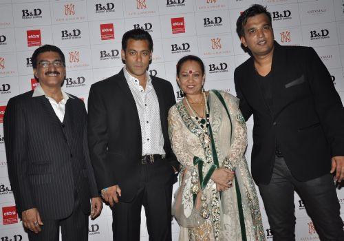 4.  Bharat Godambe, Salman Khan, Dorris and Suraj Godambe  DSC_0990