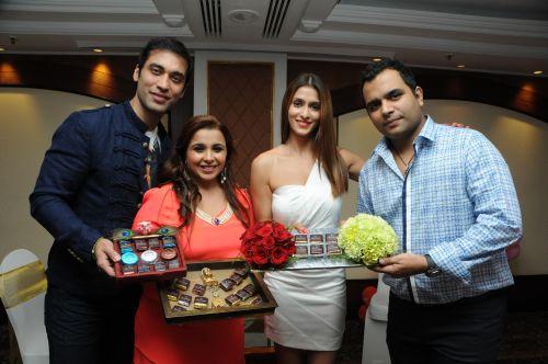 5. Kushal Punjabi with Samaira Tolani & Shilpa Agnihotri DSC_6630