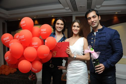 6. Apoorva Agnihotri with Kushal Punjabi & Shilpa Agnihotri DSC_6642