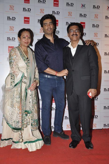 7. Dorris Godambe, Manish Malhotra and Suraj Godambe  DSC_0738