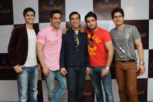 8. Dev Goel, Khushal Punjabi, Vivian Dsena DSC_6507