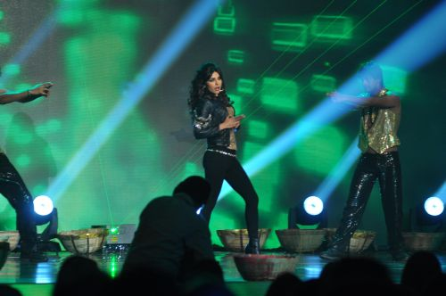 Priyanka Chopra Performing at the launch of Jai Maharashtra News Channel at Grand Hyatt .....