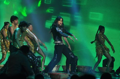 Priyanka Chopra Performing at the launch of Jai Maharashtra News Channel at Grand Hyatt ....