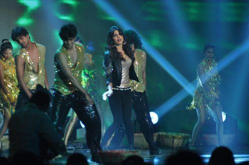Priyanka Chopra Performing at the launch of Jai Maharashtra News Channel at Grand Hyatt ..