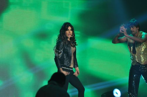 Priyanka Chopra Performing at the Launch of Jai Maharashtra News Channel at Grand Hyatt