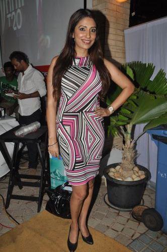 03-Pooja Misra for  Zanaaya Couture by Designer Shouger Merchant Doshi@Sea Princess,Juhu