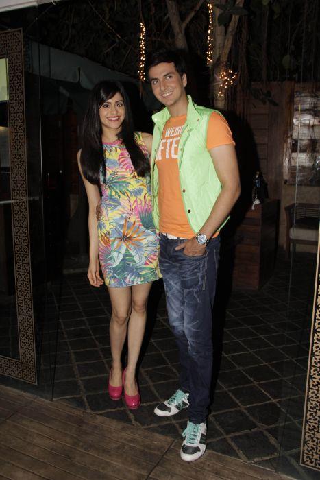 2. Adah Sharma with Dev Goel  0988