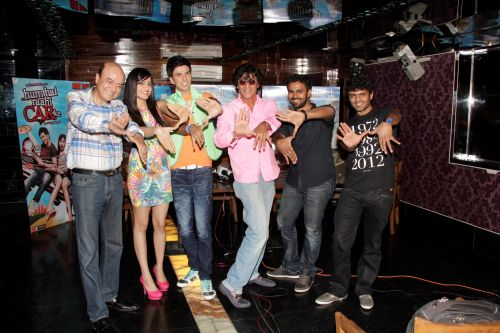 4. Jyotin Goel (Director) , Adah Sharma, Dev Goel, Chunky Pandey with  Sangeet & Siddharth Haldipur (Music Director)    _MG_1431