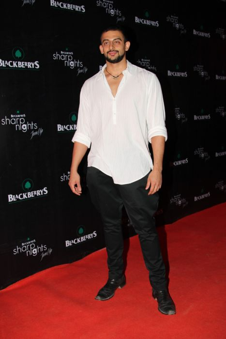 Arunoday Singh at Blackberrys Sharp Nights for Summer 13 collection launch