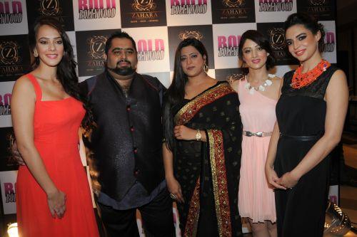 4. Hazel Keech, Rikshhit Matta (Director), Shabana Hashmi ( Zahara Productions), Sandeepa Dhar, with Shweta Bhardwaj  DSC_9998