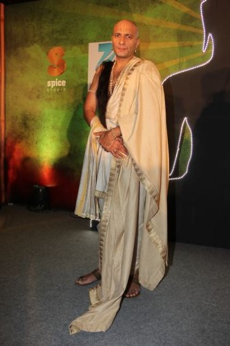 Amit Behl as Guru Vachaspati in Buddha